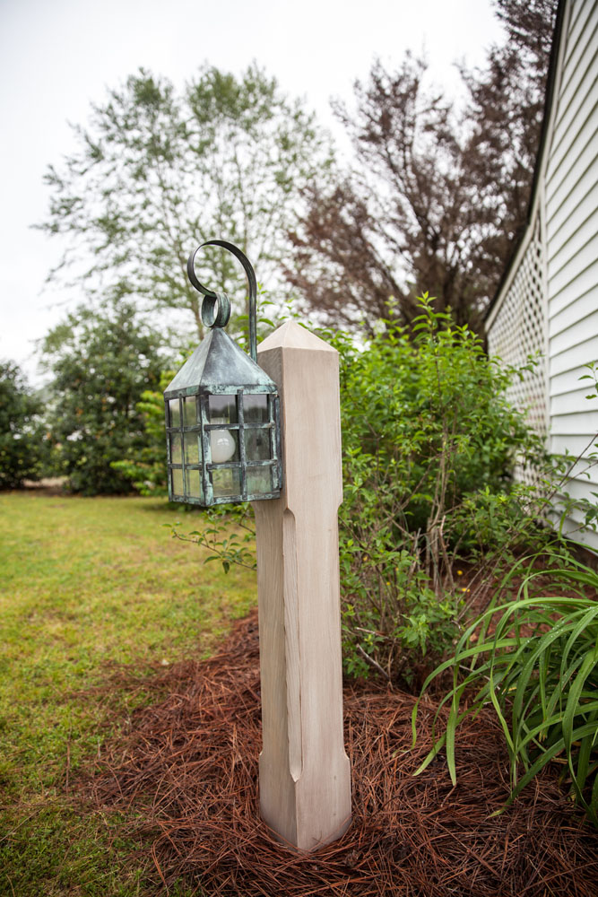 WC-106 SC Garden Post with 7151 Lantern